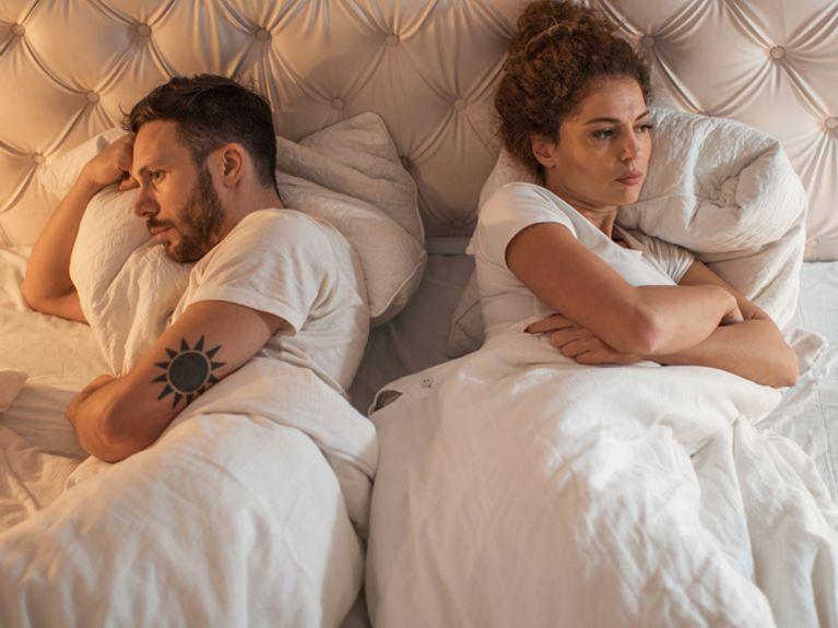 Camera Da Letto Al Femminile : Idee camere da letto moderne u colori illuminazione arredo