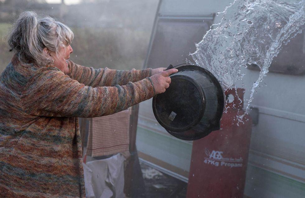 Emmerdale 03/01 - Zak's Caravan Is On Fire - With Him Inside