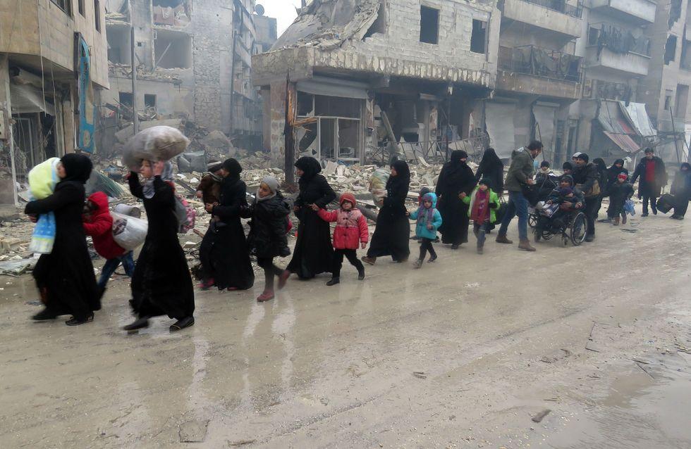 Adieu Alep, 1 200 civils ont déjà pu être évacués (Photos)