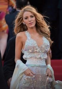 Blake Lively, elle aussi accro aux robes à poches