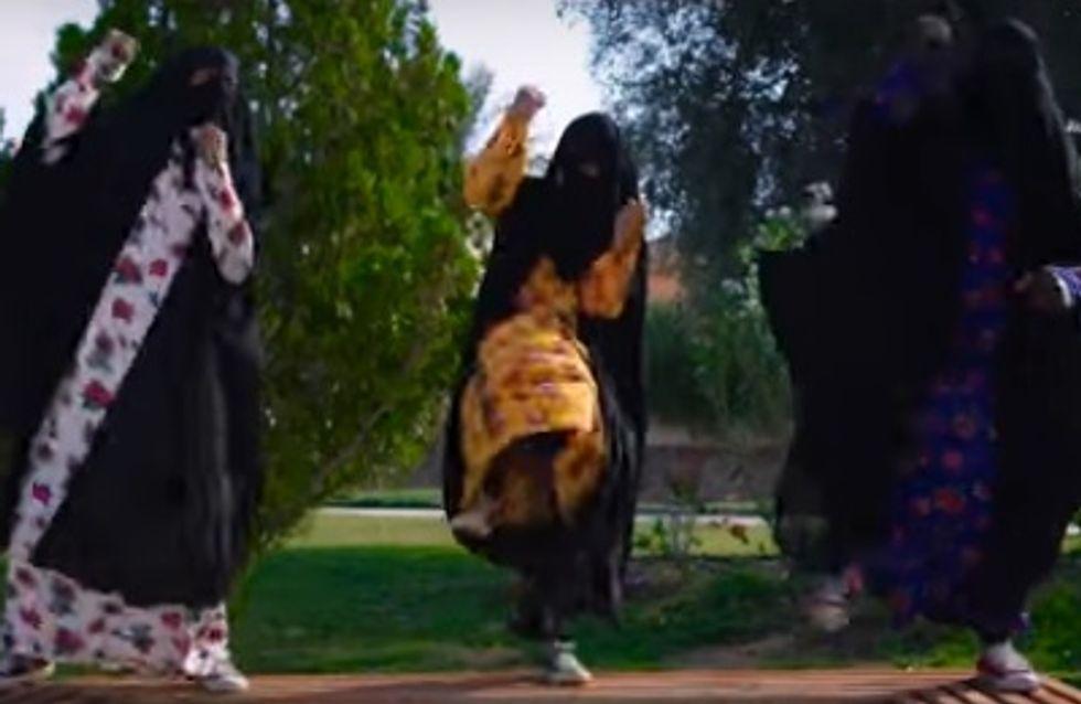 Des Saoudiennes dansent et se moquent des hommes dans un clip féministe génial (Vidéo)