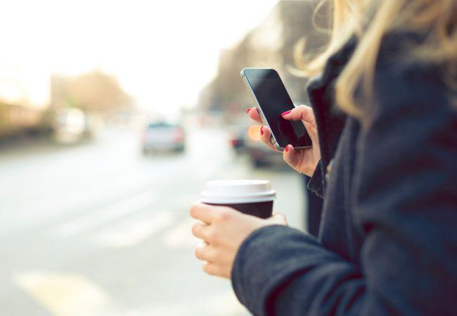 Verlieben übers Handy So Funktioniert Der Perfekte Sms Flirt