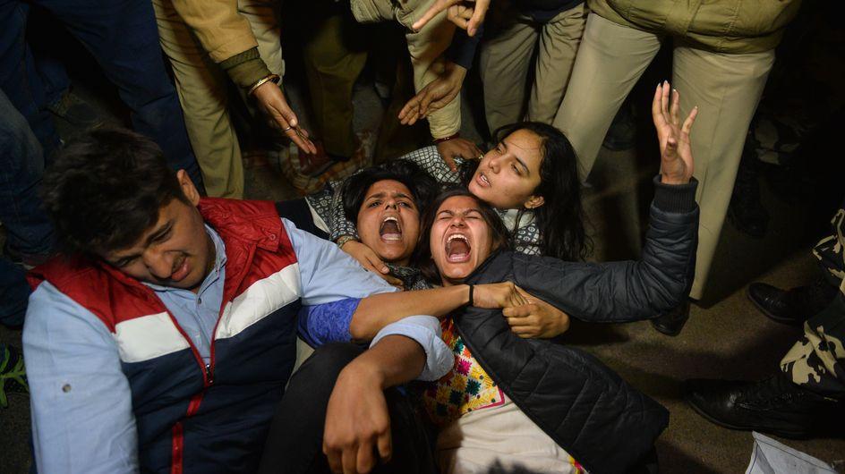 Effroi après les agressions sexuelles de plusieurs femmes en Inde la nuit du 31 décembre (Photos)