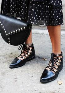 Flache Schuhe sind 2017 Trend