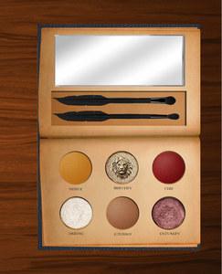Une palette de maquillage Harry Potter