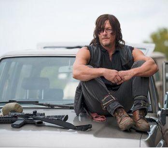Saviez-vous que cet acteur de The Walking Dead était autrefois mannequin Prada ?