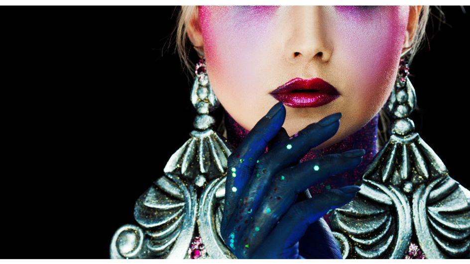 Rossetto metallizzato: il nuovo beauty trend per labbra metallizzate e magnetiche