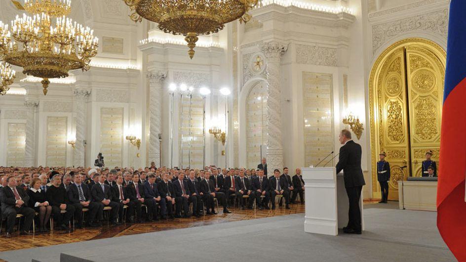 """Rusia propone que no sea delito pegar a la mujer """"una vez al año"""""""