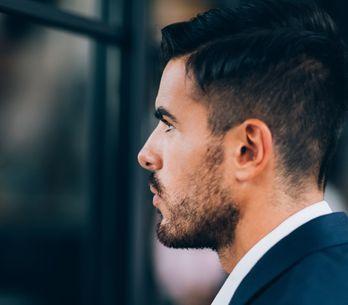 Uomo narcisista: come riconoscere ed evitare il manipolatore affettivo