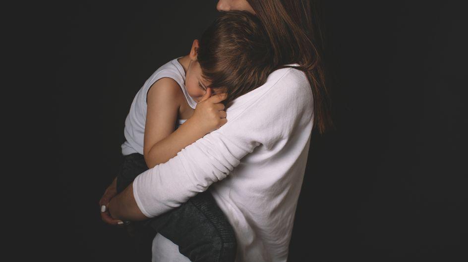 Plötzlich war er bewusstlos: Was ich erlebt habe, als mein Sohn einen Fieberkrampf hatte!