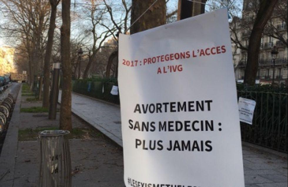 Paris s'est réveillée décorée des cintres et affiches en faveur du droit à l'avortement (Photos)