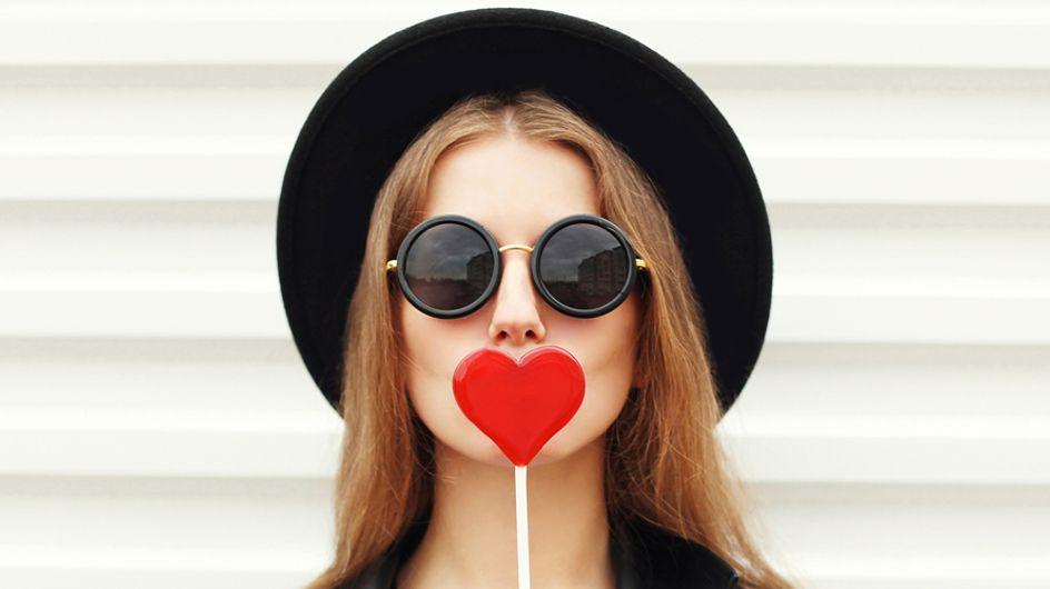 Come sopravvivere a San Valentino se sei single: cinque mosse salvavita per arrivare a sera