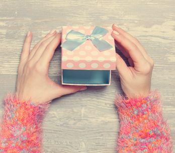 Ecco gli unici regali di San Valentino che noi donne vogliamo ricevere per davve