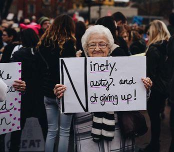 15 abuelas revolucionarias que volvieron a protestar por sus derechos en la marc
