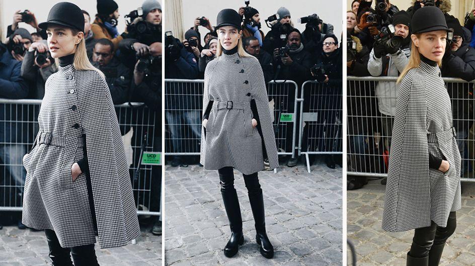 Natalia Vodianova a lo Sherlock Holmes, peor look de la semana