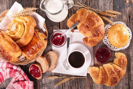 Ist das Frühstück tatsächlich ungesund oder gar schädlich?
