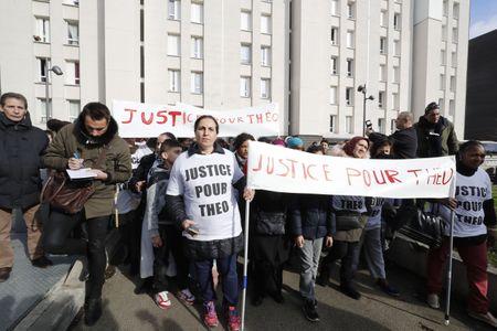 Manifestation à Aulnay-sous-Bois pour Théo