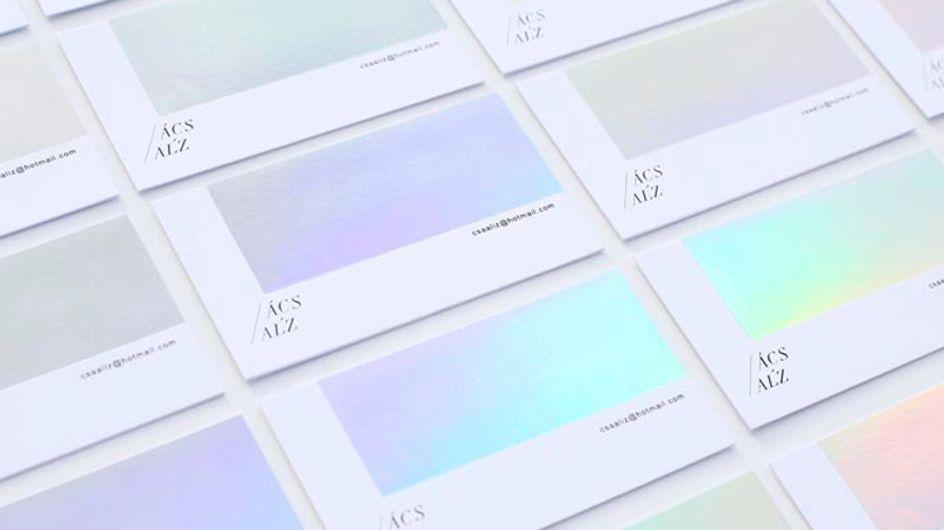 O cartão de visita desse fotógrafo muda de cor - e é lindo em todas elas