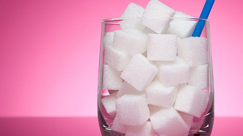 Genialer Geheimtrick: Darum sollten wir Zucker in unser Shampoo mischen!