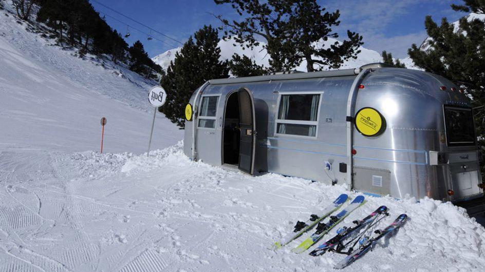 ¡Viva la nieve! Dormir en una caravana en las montañas es lo último en Andorra