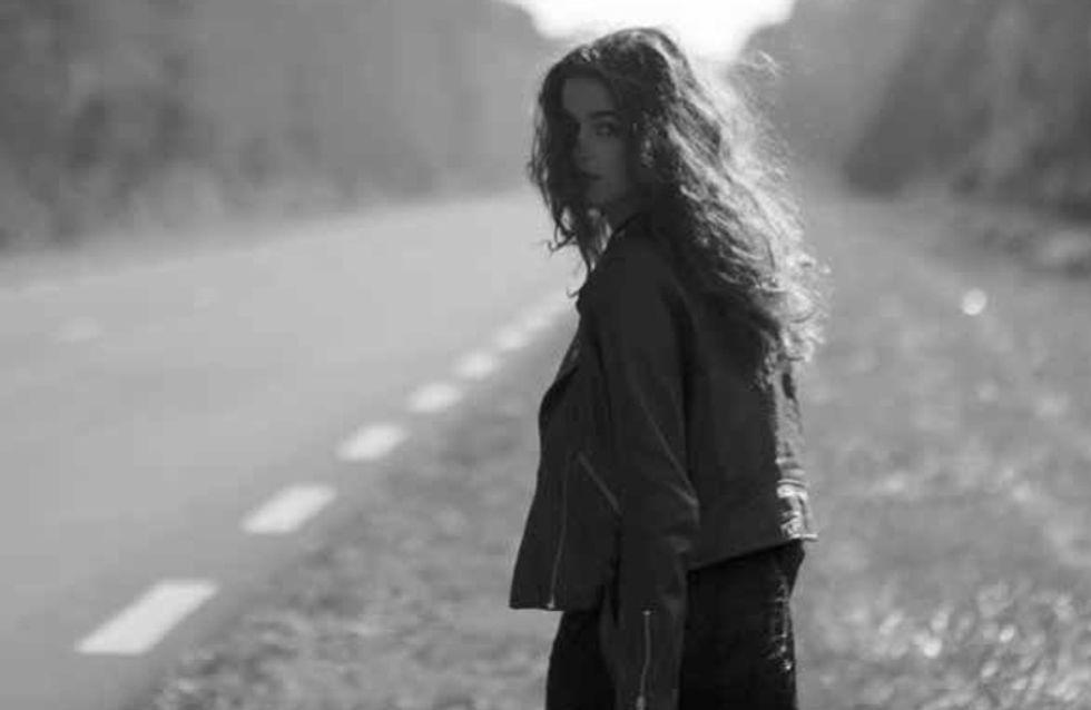 Découvrez le roman poétique de Sandra Reinflet, Ne parle pas aux inconnus