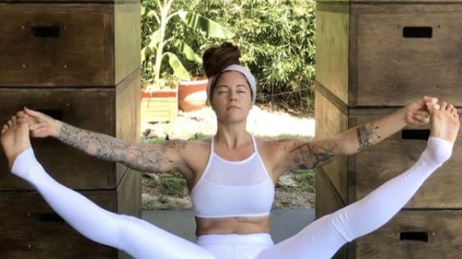 #PeriodShaming : Cette prof de yoga dénonce les clichés sur les règles (Photos)