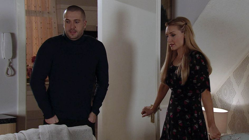 Coronation Street 24/02 - Baby Olly Is Welcomed To The World