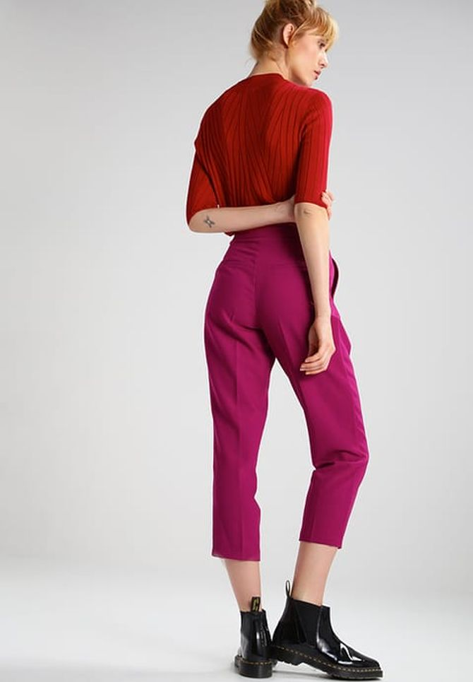 Pantaloni fucsia Topshop