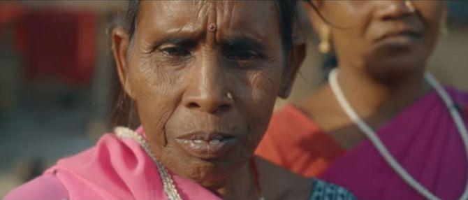 Une Indienne du Gulabi Gang