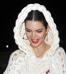 Los dientes de oro de Kendall Jenner, la nueva moda que triunfa entre las Kardas