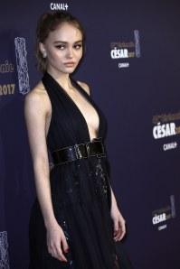 Lily Rose Depp sur le tapis rouge des César 2017