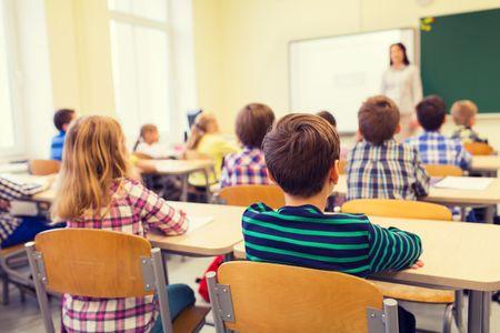 """Jameis Winston explique aux enfants que les filles """"doivent rester silencieuses, douces et polies"""""""
