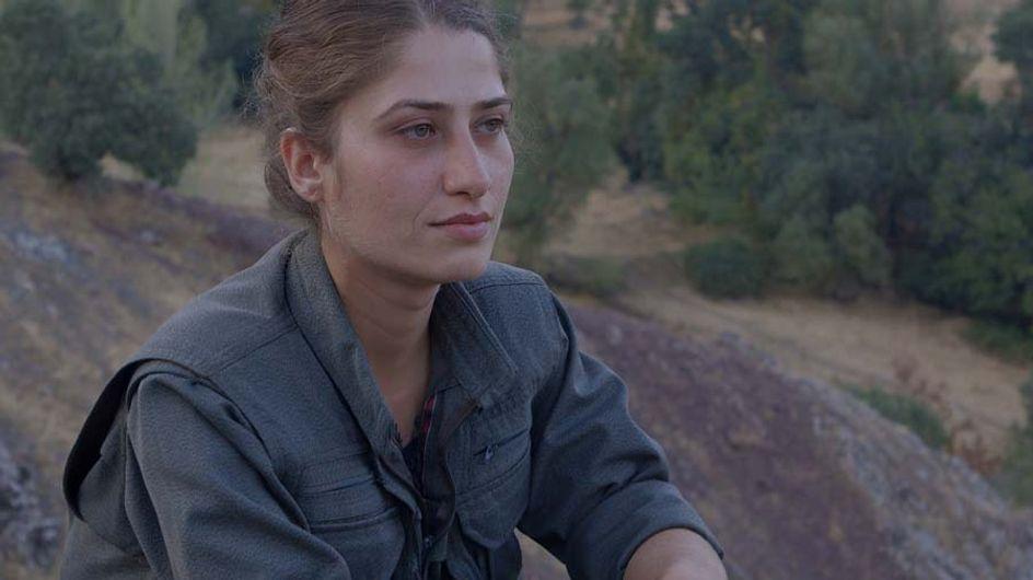 """""""Terre de roses"""", le docu qui met en lumière les combattantes du PKK"""
