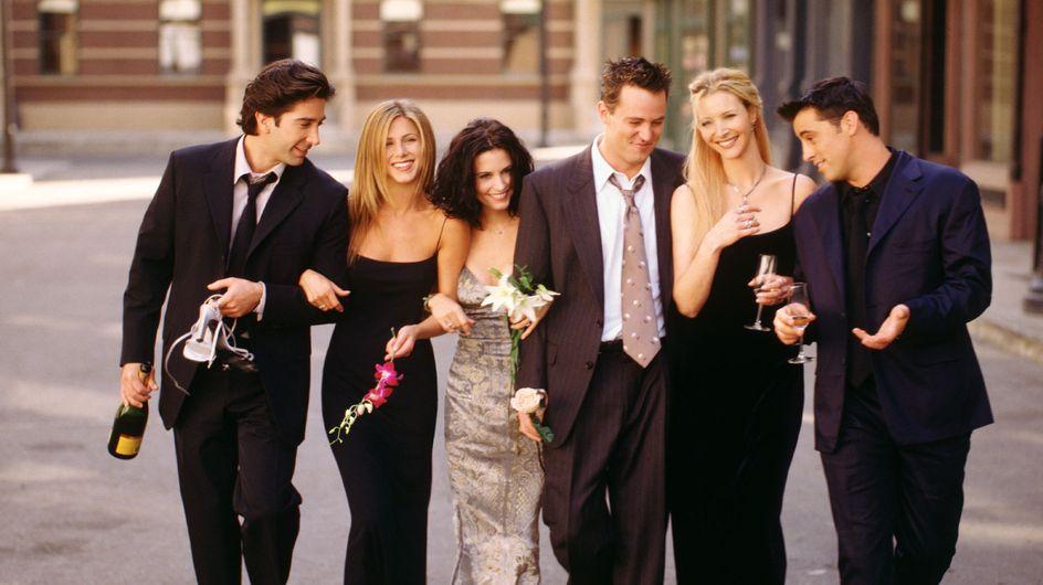 """Les confidences de Phoebe aka Lisa Kudrow sur le retour de """"Friends"""" vont vous faire sortir les mouchoirs"""