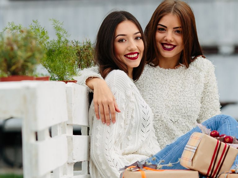 Regali Di Natale Per Una Sorella.Idee Regalo Sorella 6 Regali Perfetti Per Una Sorella