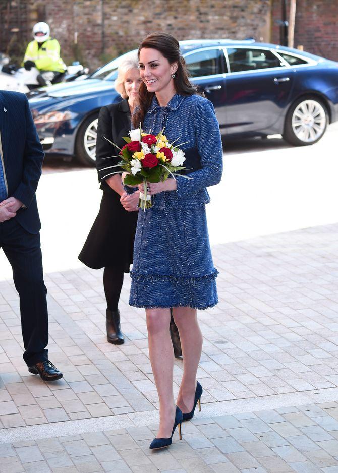 Kate Middleton en tailleur Rebecca Taylor