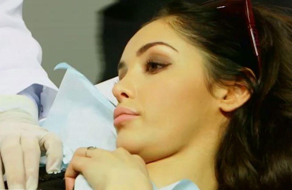 Nabilla Benattia fait retirer son tatouage sur la poitrine à la télévision (vidéo) !