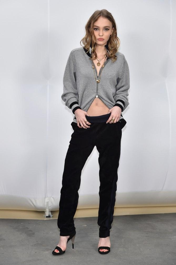 Lily-Rose Depp au défilé Chanel, le 7 mars 2017