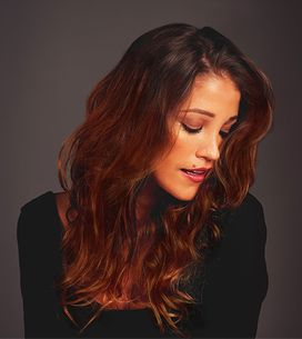 Broux, è il rosso in chiave bronze il colore di capelli più alla moda!
