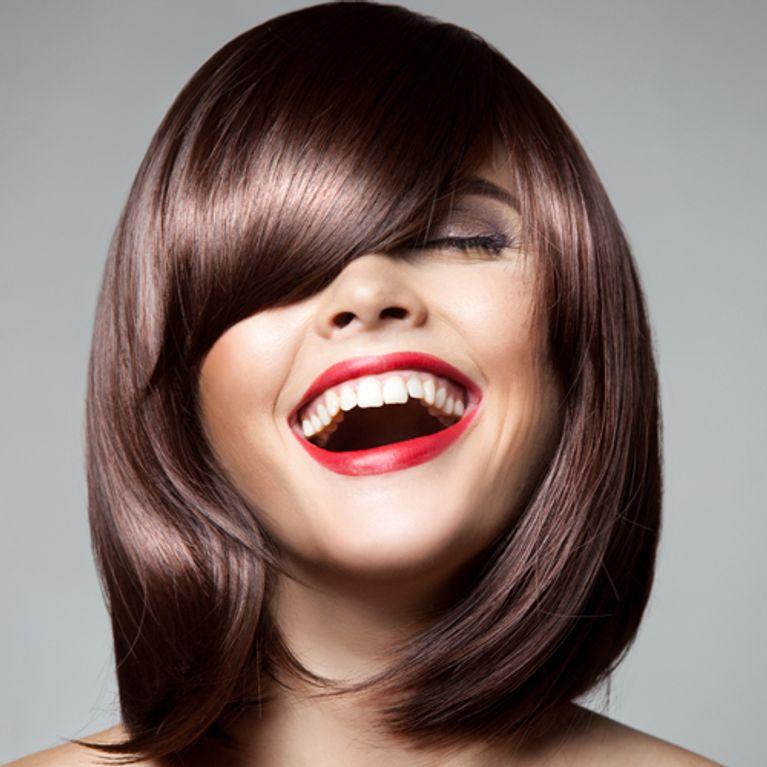 Tagli medi estate 2017  le idee capelli più alla moda 2a1fe4aa8161