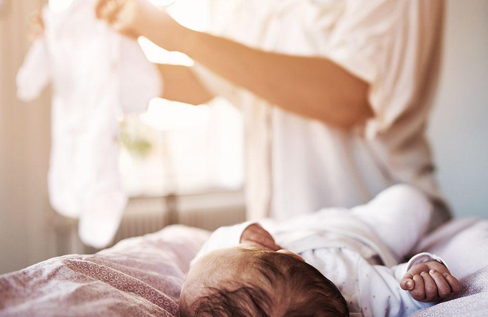 Sur Facebook, elle découvre que sa fille est maltraitée par sa baby-sitter