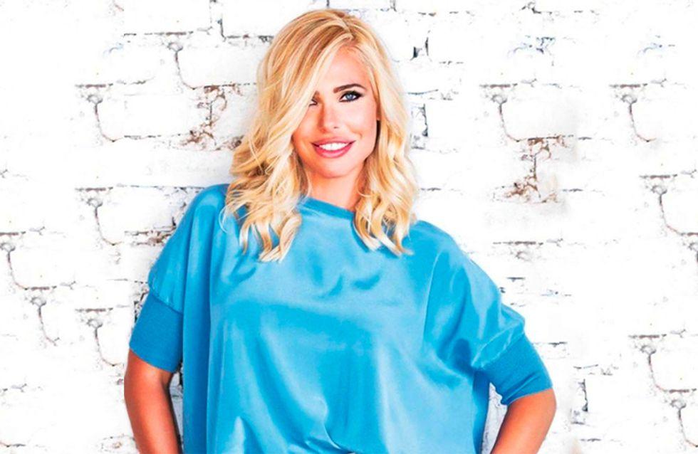 Tendenze capelli 2017: Ilary Blasi sceglie il biondo platino, uno dei colori più alla moda dell'autunno inverno