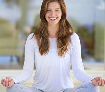 Lezioni di yoga: le posizioni base per imparare bene e in fretta