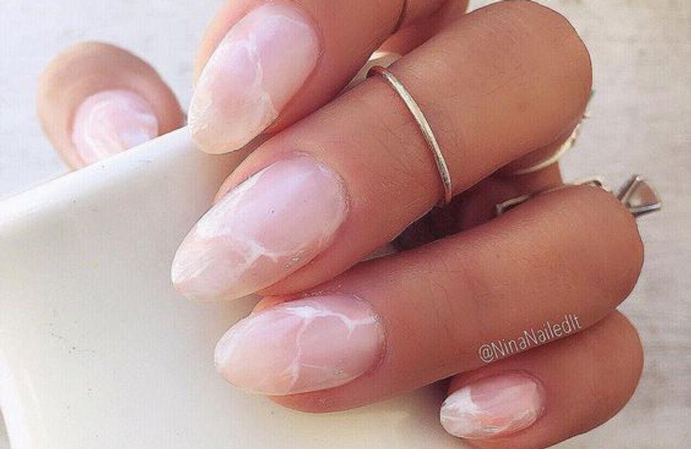 El cuarzo rosa llega a tus uñas: el nail art de esta primavera