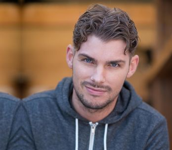 Hollyoaks 24/03 - Ste Deletes Ryan's Voicemail For Amy