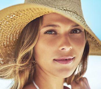 Macchie solari sul viso e sulla pelle: le creme e i rimedi per eliminarle