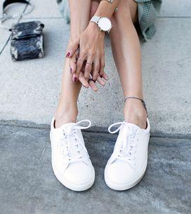4 astuces géniales pour que mes chaussures blanches semblent de nouveau neuves !