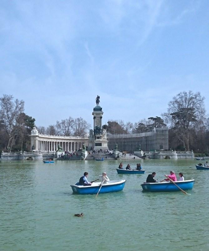 Entschleunigen im Retiro Park im Herzen Madrids.