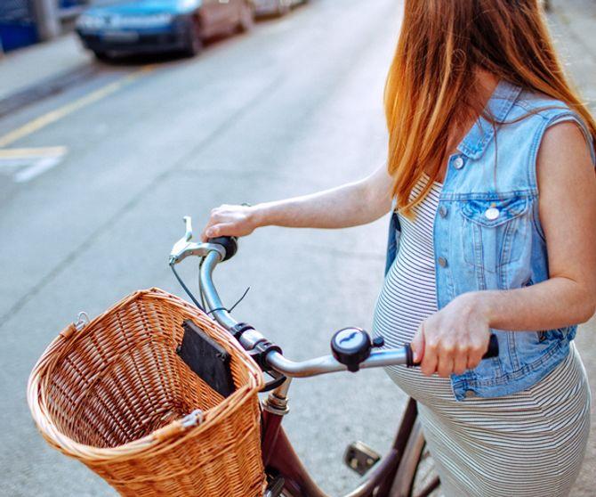 Radfahren ist in der Schwangerschaft grundsätzlich erlaubt solange ihr euch sicher und wohl fühlt.