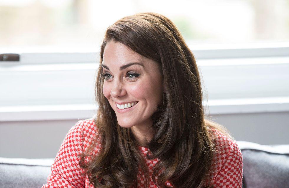 Kate Middleton se livre sur les difficultés de la maternité et rend hommage à toutes les mamans (Vidéo)